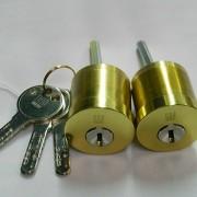 海外メーカー「クイックセット」補助錠取付
